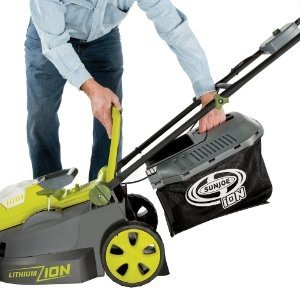 Sun Joe iON16LM 40V - easy access to lawn clippings.